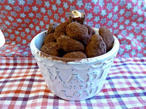 Amandes caramélisées enrobées de chocolat