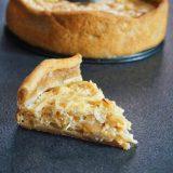 Tarte au fromage blanc et oignons