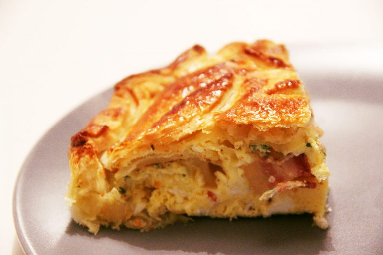 bacon-eggs-pie-3-768x512
