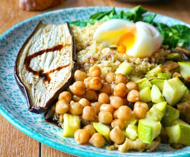 Salade de quinoa légumes rôtis - Rappelle toi des mets